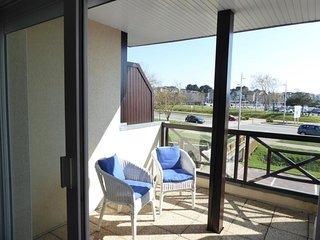 Appartement tres lumineux en tres bon etat avec piscine