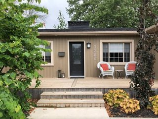 Orchard Shores - Fabulous Fort Erie Find!