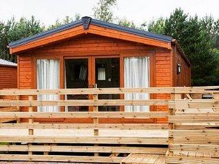 Maple Lodge - stunning 2 bed lodge, Felmoor Park Northumberland, HOT TUB