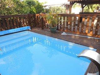 KAZ INDIGO : Gite de charme, jacuzzi et piscine dans jardin tropical au calme