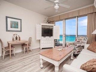 Calypso Beach Resort 605W | Walk to Pier Park | Beachfront Condo | Garden Tub!