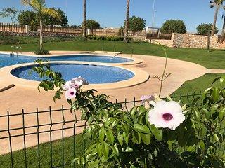 Kindvriendelijk en comfortabel vakantie appartement / Vistabella Golf / Capri 2