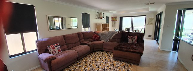 Shiraz Heights Wine Not Join US, holiday rental in Carramar