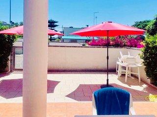 Villetta indipendente con giardino e barbecue a due passi dal mare