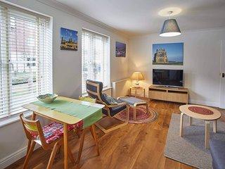 Whitehall 1 Apartment
