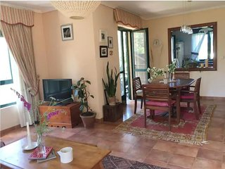 Apartment - 4 Bedrooms - 108514