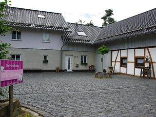 Idyllisch gelegene Ferienwohnung 'Villa Heuboden'