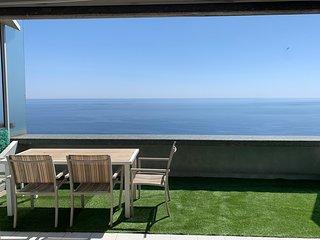 Viangella - The Best view! Top floor 2 km from Monaco!