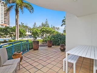 Calypso Plaza Resort Unit 139 - Ground floor 1 bedroom unit on Coolangatta beach