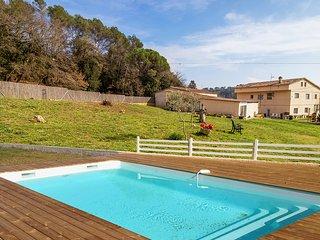 Casa DORMESTANY con capacidad para 24 personas y jardin de 15.000 m2.
