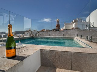 No 17 Competa, luxury rental townhouse close to main square