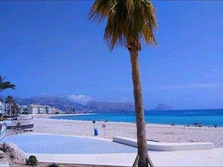 centro de Altea,en la playa del espigon, junto al paseo maritimo!
