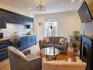Host & Stay | Little Acorn Apartment
