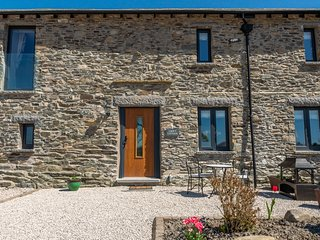 Croft Cottage - 3-Bedroom modern barn conversion situated on a working farm