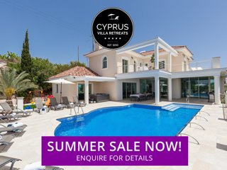 SARAH, 7 Bed, Private Pool, Hot Tub, Amazing Sea Views, Kids Play area