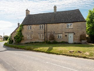 Gables Cottage is a beautiful, grade II listed Cotswold stone property