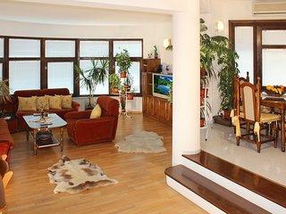 140m2 Unique 3 bedroom *ECO* apartment MILCHEVI - Quiet center