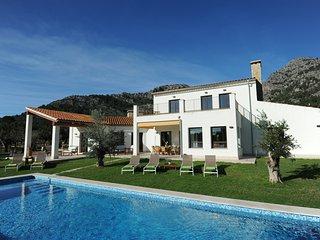 Villa con piscina privada y BBQ. Playas 15 minutos. Desinfección profesional