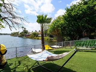 3/2 Lake House With Breathtaking View Near Hard Rock Casino