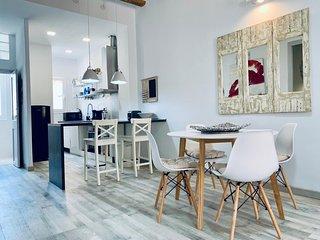 Stylish mediterranean apartment next to the beach