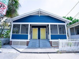 Book Comfy Elegant Home in Ybor Walking Distance to Everything
