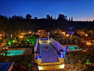 Nicole Luxury Villa with Private pool