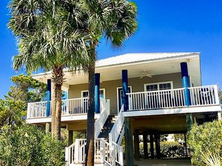 'Local Favorite' Blue Parrot Cottage South of 30A