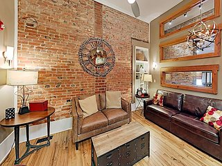 Historic Loft Apartment - 2 Blocks to Pack Square!