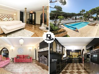Second Line to the Beach Villa Sea Views, Puerto Cabopino, Marbella!