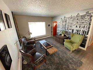 Furnished 3 bedroom & 1 bath Main floor home | Utilities & Wifi Included