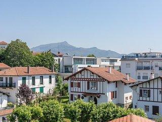 Lusitania - Appartement moderne en centre ville vue sur la Rhune