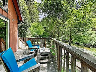 New Listing! Creek-Side Hideaway in the Redwoods w/ Loft & Private Deck