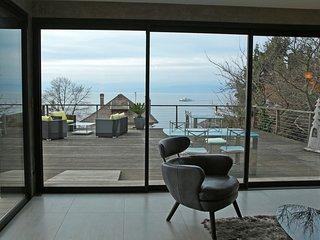Appartement Les Terrasses : vue lac à 180 ° dans cadre bucolique