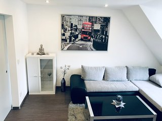 ***Modern Apartment | Stadt Zentrum | VW Nähe | Netflix |24h***