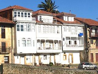 Preciosa casa, con vistas, en Lastres.