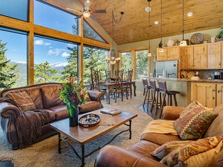 Aspen Leaf Chalet Vacation Home at Windcliff
