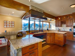 Stewart Highlands Vacation Home at Windcliff