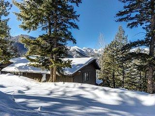 Macmillan Vacation  Home at Windcliff