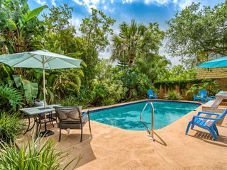 Beachy Chic House-  Private Heated Pool, Covered Deck, 10 min. walk to Beach, Ri