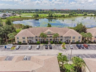 2 Miles To Disney. New mattresses! 1650 SqFt 4Br Condo With Lake View