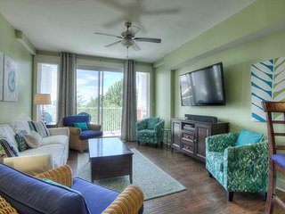 Come relax with bay views, beach tram, and free wifi