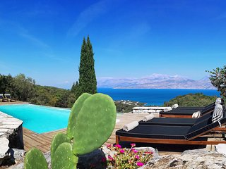 Villa Bella Vista (Celadon) with prvt pool and breathtaking views over Kassiopi
