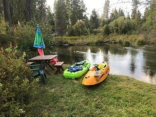 Running Bear · Running Bear on Fort Creek-CraterLake Bungalows, location de vacances à Chiloquin