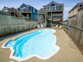 High Tide | Oceanfront | Dog Friendly, Private Pool, Hot Tub | Nags Head