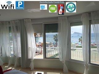 Rincón de Loix primera línea de playa con piscina, parking y aire acondicionado