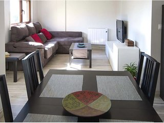 Apartment - 3 Bedrooms with WiFi - 108528