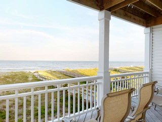 Beachfront, Pool, Fantastic Ocean Views, Large decks, Roomy 2,300+ sq. ft, 5 bed