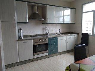 Un bonito apartamento bien equipado en laxe con vistas