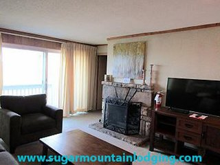 2 Bedroom Skyleaf Condo rented by Sugar Mountain Lodging, Inc.