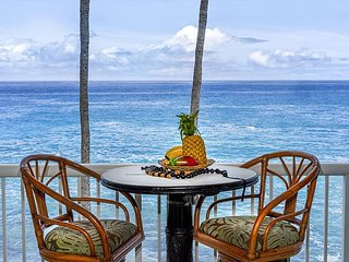 KONA MAGIC SANDS#313  TOP FLOOR DIRECT BEACHFRONT, BEST VIEWS IN KONA!
